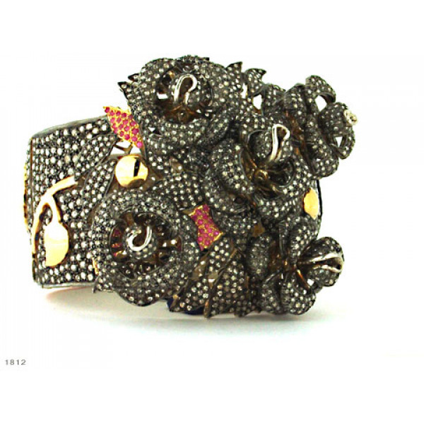Βραχιόλι με Διαμάντια και Ρουμπίνια δεμένο σε Χρυσό Κ18